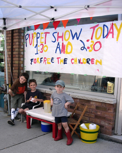 Portable Puppet Theatres And Puppets
